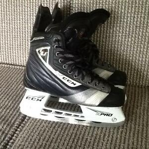 "Patins CCM ""Ultimate"" Skates"