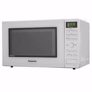 Four à micro-ondes blanc de 1,2 pi³ Panasonic ( NN-SD664W )