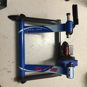 Elite Real Tour Bike Trainer - PRICE REDUCTION! West Island Greater Montréal image 2