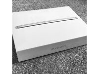 "BRAND NEW, SEALED MACBOOK PRO with RETINA 13"" 2015 VERSION (MF839B/A )Model 2.7GHz 128GB RRP £999"