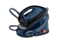 Tefal Effectis GV6840 steam generator iron. BRAND NEW and never used as you can see from the pics.