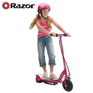 Girls  RAZOR Electric Scooter Great Condition NEW BATTERIES