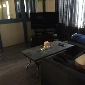 condo for rent 2 rooms available