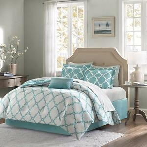 Nantwich Reversible Comforter Set by House of Hampton NEW