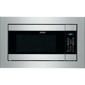24-inch, 2.2 cu. ft. Built-In Microwave Oven