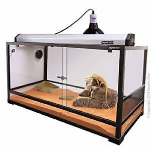 RTF-900S Terrarium Glass (Sliding Doors) tank only Kallangur Pine Rivers Area Preview