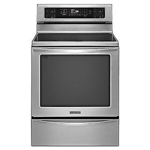 Freestanding Electric Convection Induction Range Self-Cleaning