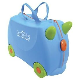 BRAND NEW TRUNKI TERRANCE RIDE ON SUITCASE