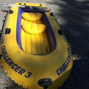 Inflatable 9ft boat
