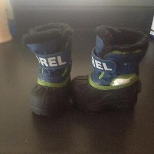 Boys sorle winter boots