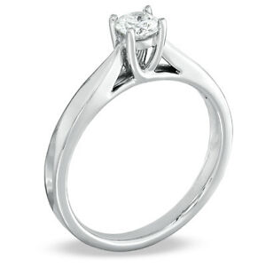 0.30 CT. Diamond Engagement Ring in 14K White Gold