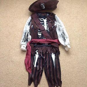 Arrrr! PIRATE Skeleton Size 5-6 Costume