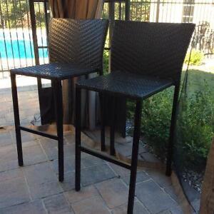 Canadian tire patio chairs buy or sell patio garden for Outdoor furniture kijiji