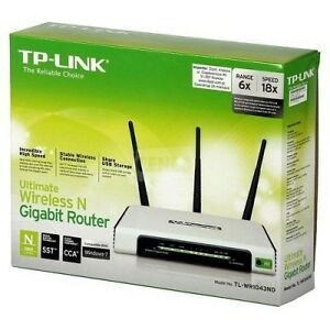 TPLINK Ultimate 300MBPS Wireless N 4 Port Gigabit Router With US