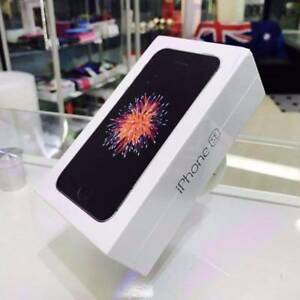BRAND NEW IPHONE SE 32GB SPACE GREY APPLE WARRANTY TAX INVOICE Surfers Paradise Gold Coast City Preview