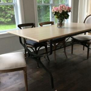 Beautiful French Dinning Table West Island Greater Montréal image 2