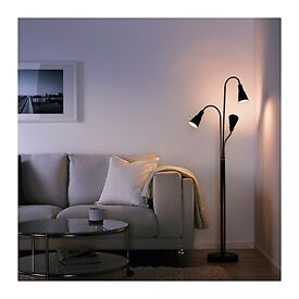 Floor Lamp with three heads to sell