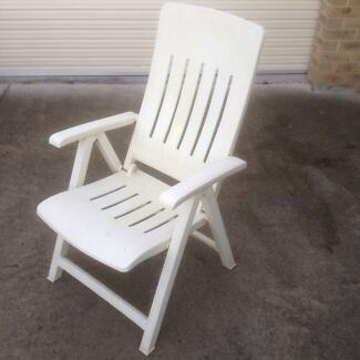 Reclining Outdoor Chair. Outdoor directors chairs   Outdoor Dining Furniture   Gumtree