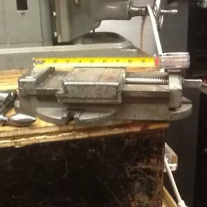 "Milling Vise industrial low profile 6"" wide jaws West Island Greater Montréal image 1"