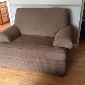 Valley view chesterfield & Loveseat