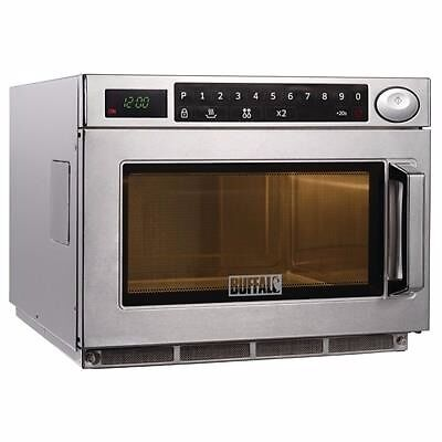 Commercial Microwave Oven 1500W EN86in Basford, NottinghamshireGumtree - Specifically designed for fast paced outlets and snack service catering establishments, the Buffalo Programmable Commercial Microwave Oven 1500W features a stainless steel construction and finish, with a cavity to suit non metalic 2/3 Gastronorm...