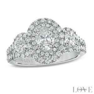 Vera Wang Love Collection 1.45 CT. T.W. Oval Diamond Three Stone