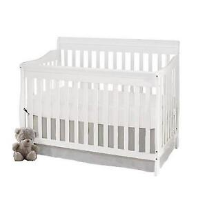 NEW  BENJAMIN STROLLERS BABY CRIB 502 201907660 CARSON 4 IN 1 WHITE CONVERTIBLE