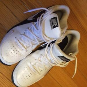 NIKE AIR PRO BASKETBALL SHOES