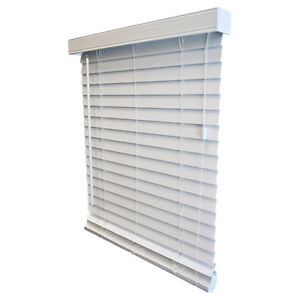 Wood Horizontal Blind in White $40 Gatineau Ottawa / Gatineau Area image 1