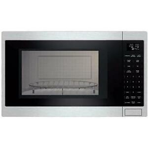 24-inch, 1.5 cu. ft. Built-In Microwave Oven with Convection