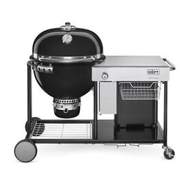 Brand New Weber summit charcoal grilling centre