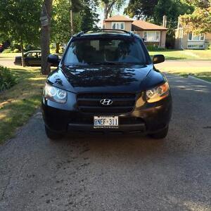 2007 Hyundai Santa Fe SUV, Crossover - PRICE REDUCED - LOW KM