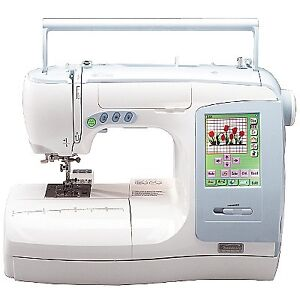 Kenmore Elite Ergo 3 Embroidery Sewing Machine used Kitchener / Waterloo Kitchener Area image 6