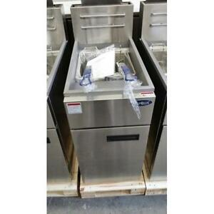 GAS OR PROPANE DEEP FRYER - BRAND NEW