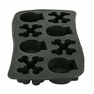 Skull and Crossbones Ice Cube Tray or Mold $15.00