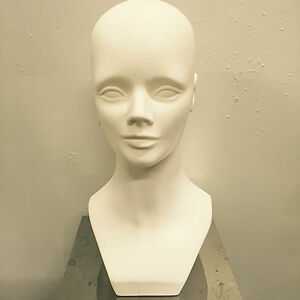 MANNEQUIN HEADS, WIGS, SCARF, NECKLACE HEAD,