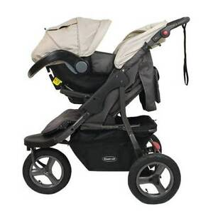Pram & carseat combo Banora Point Tweed Heads Area Preview