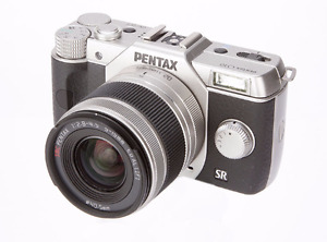 Pentax Q10 - Digital Camera with Interchangeable Lenses
