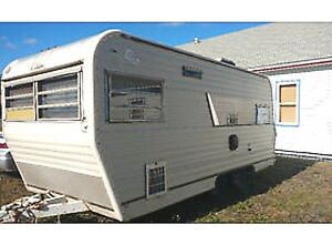 NEW PRICE!!! Older camper great condition