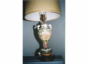 CAPODIMONTE TABLE LAMPS