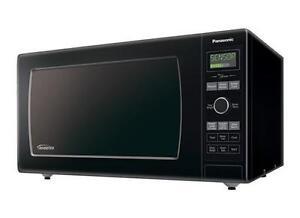 "Panasonic NNSD767B Countertop Microwave, 21 85/100"" Width, 1200 Watts, 1.6 cubic ft, Black colour"