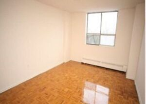 Apartment Room for Rent, near Kennedy and ellesmere