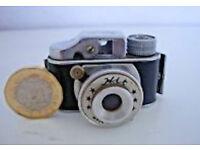 (Antique/Collectable) 1950's camera, the 'HIT mini camera'. Japenese Film Spy Camera £19