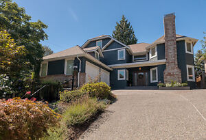 Beautiful Home just steps from Edgemont Village