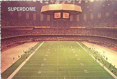 AMERICAN FOOTBALL POSTCARD - LOUISIANA SUPERDROME 1977