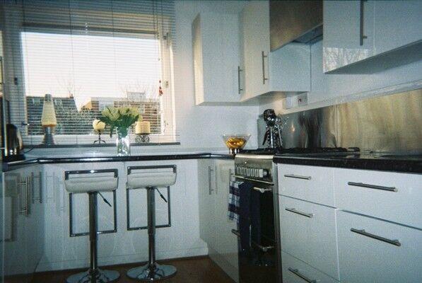 Modern 2 double bedroom, 2 bath, spacious home with garden ...