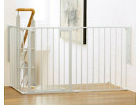 Baby Dan Satefy Flexi Gate, great for stair landings/ wider entry areas