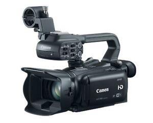 Canon XA20 Compact Professional Full HD Camcorder w/ Accessories