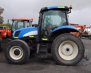 NEW HOLLAND TS100A 4WD TRACTOR Hexham Newcastle Area Preview