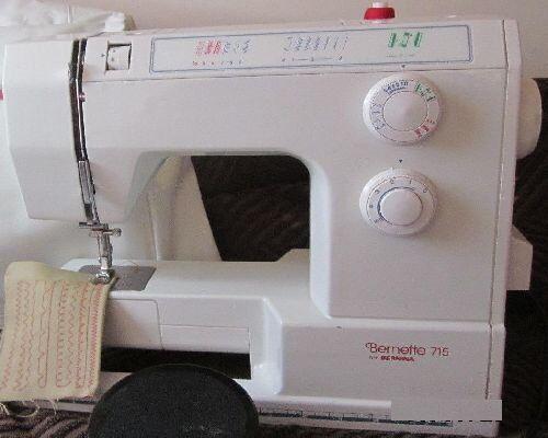 Bernette 715 Sewing Machine (hardly used, condition as new)